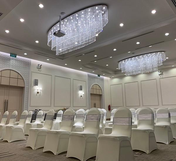 De Embrace Grand Ballroom