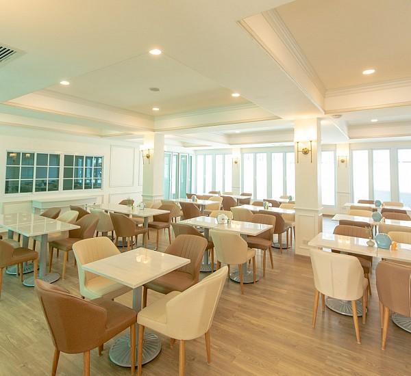 Famora Cafe