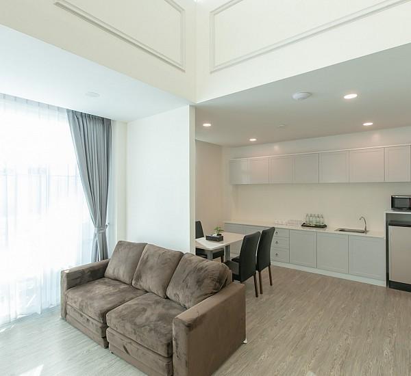 Family Duplex Suite (Pool View)